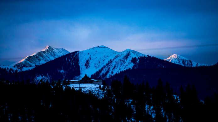 Mountain Rim Light