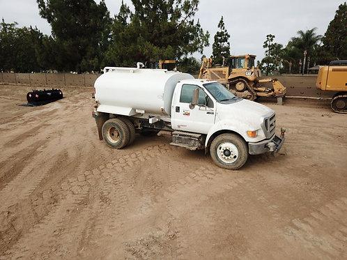2,000 Gallon Water Truck - Tier 4