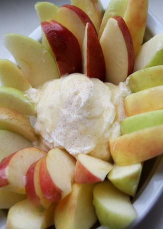 Appleishious Cream Dip