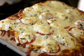 Tomato Basil Whole Wheat Pizza