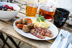 baconAggKottbullar_frukost.jpg