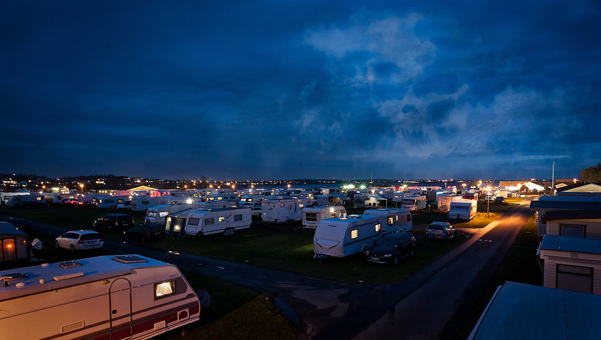 p11_camping_halloween.jpg