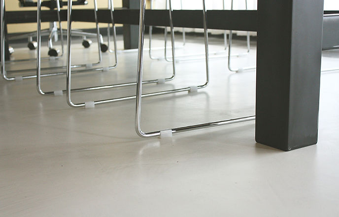 Desgin two floor with legs  small.jpg