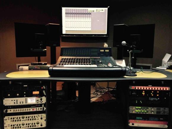 Mixing in Studio1