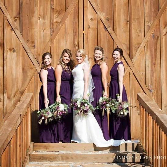 Cedar Ridge Barn Bridal Party