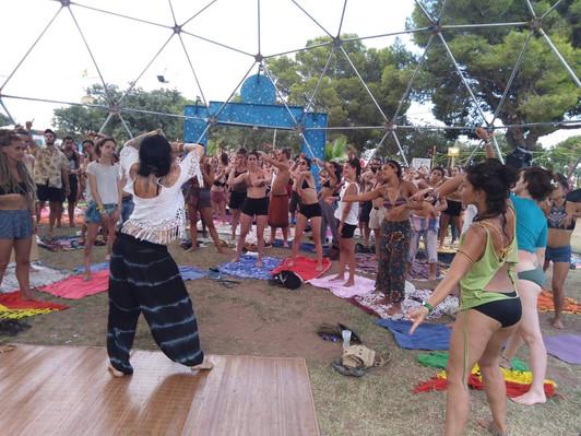 me teaching festival rototom.jpg