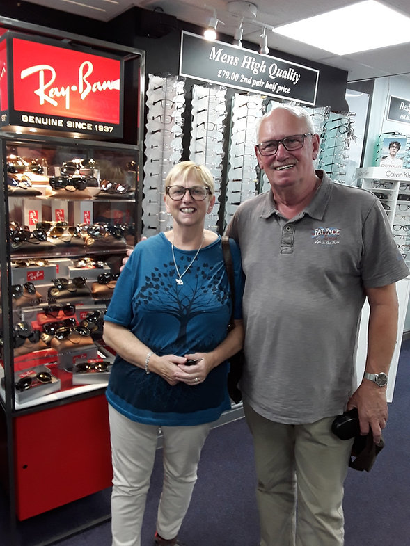 men and ladies Ray-Ban styles stockist near me in derby Nottingham Leicester
