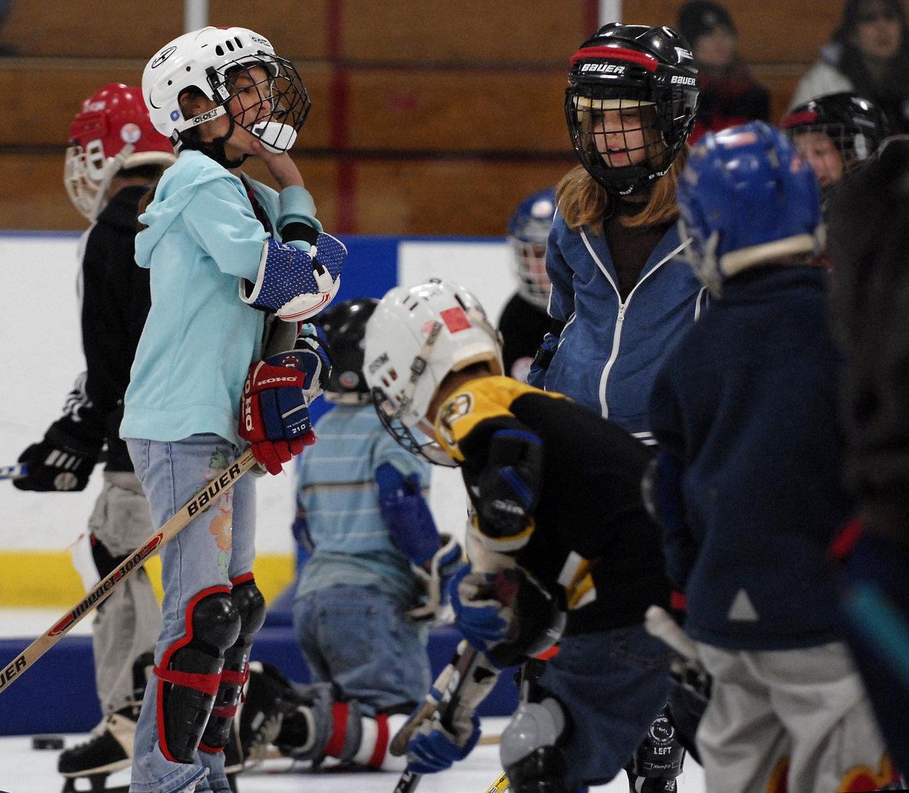 HockeyTrust08_239-57.jpg