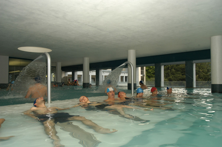bormio bagni piscina c.jpg