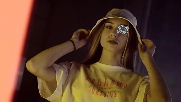 Mellamo Clothing Commercial