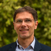 Dr. Szőke Henrik PhD