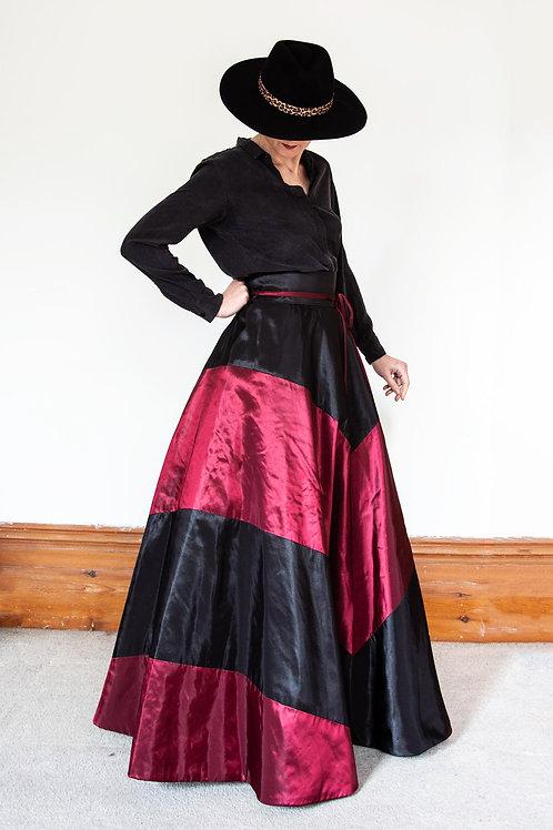 Geometrical Ball Skirt
