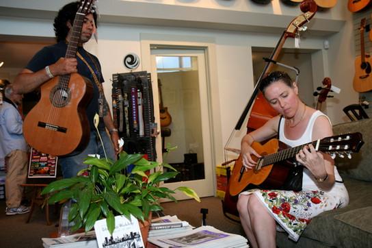 Miriam Segal og gitaren