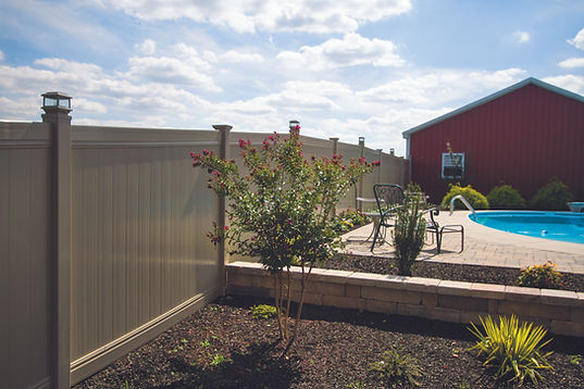 WALLS,FIRE PITS AND FENCE 003.jpg