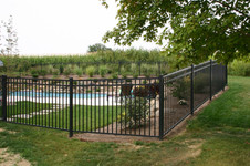 WALLS,FIRE PITS AND FENCE 108.jpg