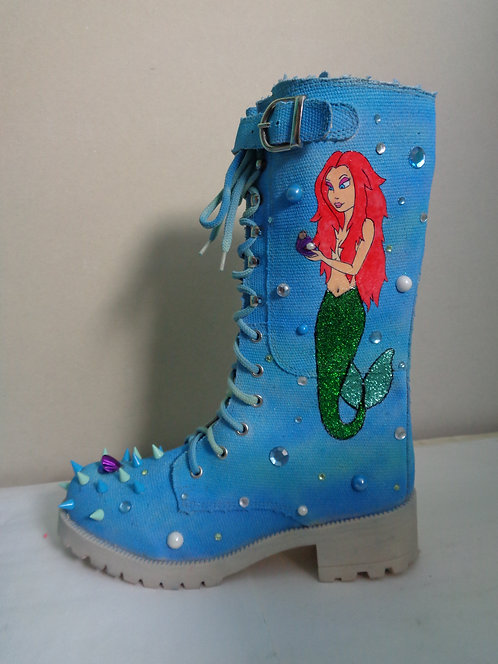 Little mermaid Ariel stud spike boots