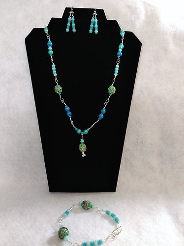 Necklace | Blue | Alien Beads |Jewelry