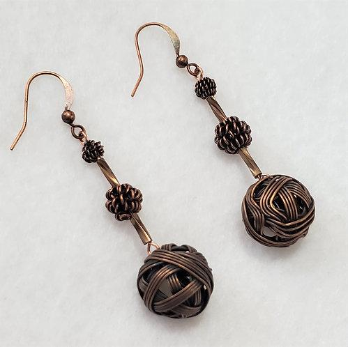 Earrings Metal on Metal | 3 Tear Copper Balls