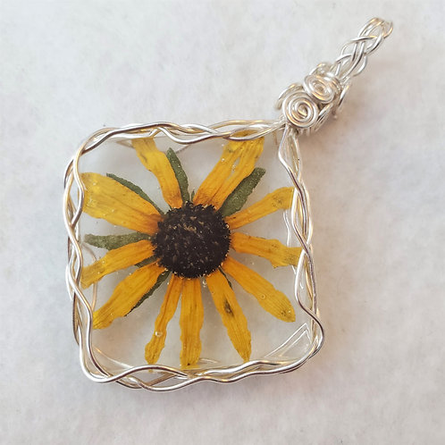 Black-eyed Susan | Large Wire Wrapped Pendant