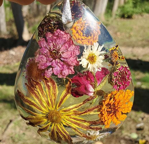 Colorful Teardrop Shape Floral Home Décor