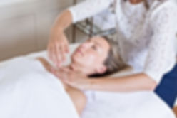 face-massage-lymphatic-on-blond-woman