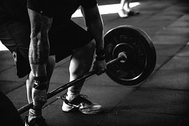 barbell-black-and-white-black-and-white-