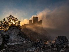 Rocca Calascio Alba.jpg