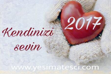 Gelin yeni yıla beraber, kendimize nazik olarak ve kendimizi çok severek girelim.