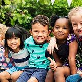 group-kindergarten-kids-friends-arm-arou
