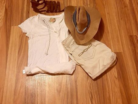 1 White T-Shirt....5 Looks.