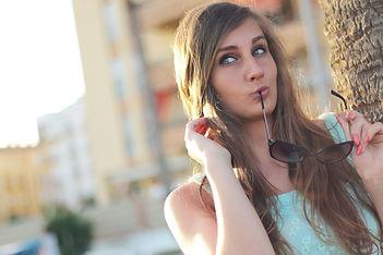 girl-410334_1920.jpg