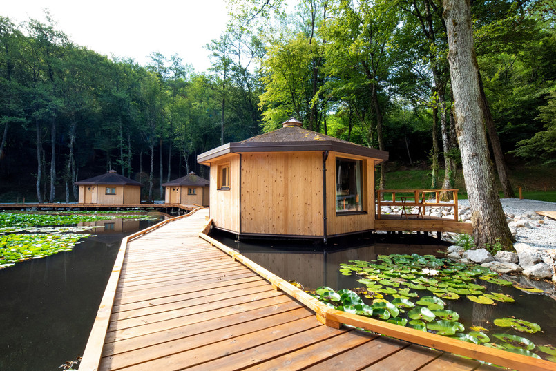 Pikol lake village (11).jpg