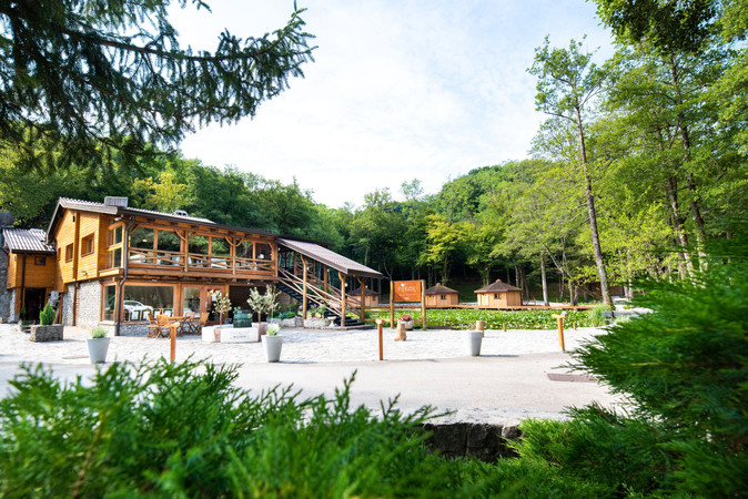 Pikol lake village (2).jpg