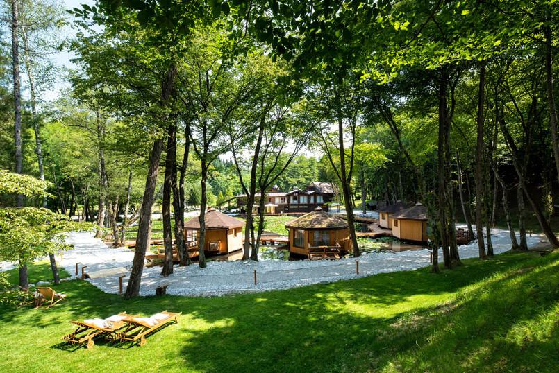 Pikol lake village (14).jpg