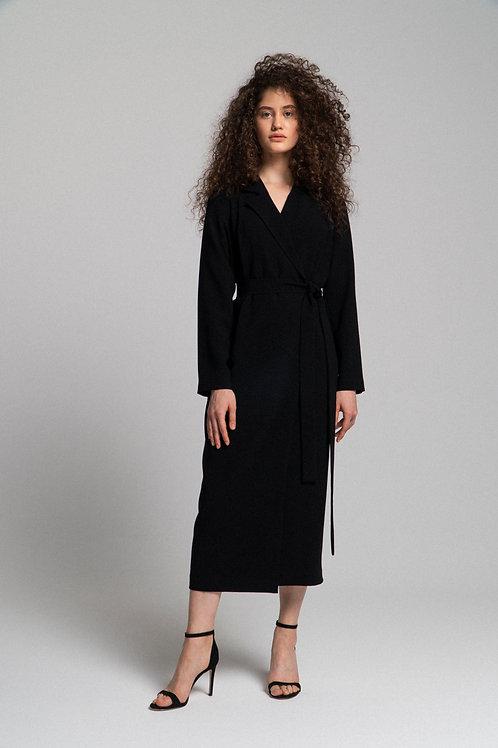 Платье на запахе с отложным воротником