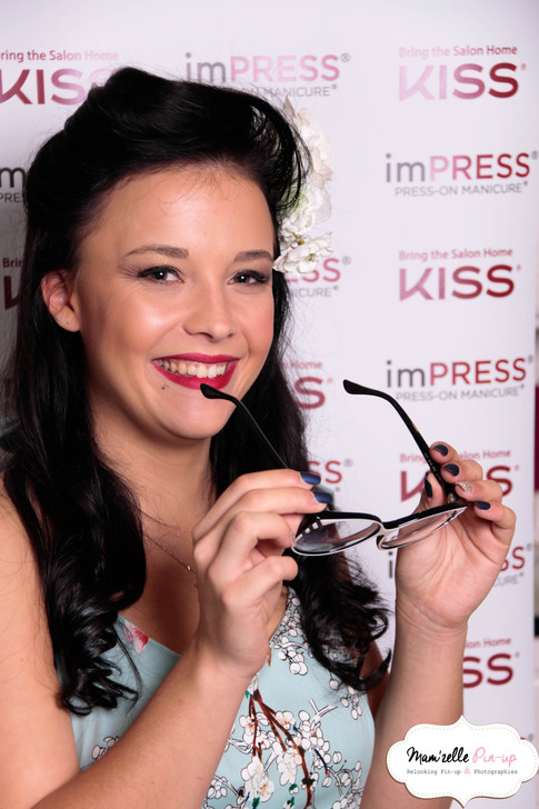 Relooking Pin-up KISS cosmetic france journée presse nouvelle collection Mam'zelle pin-up