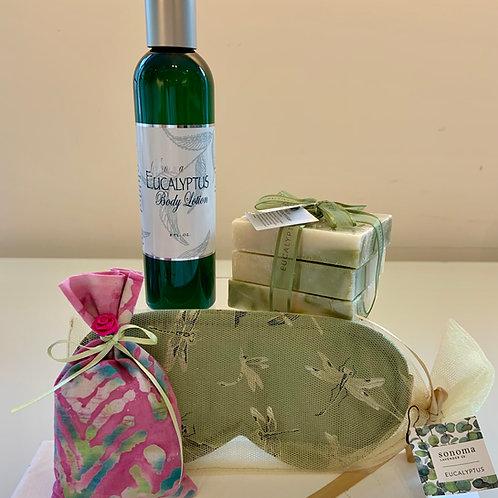Eucalyptus Gift Set With Lavender Sachet