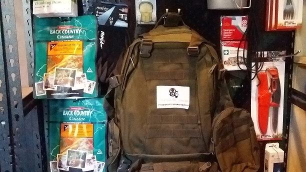 :Vegetarian bug out bag kit
