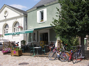 Loire Valley Cycling holidays