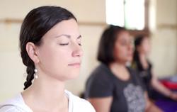 Hannah+-Cristina-meditation-YC-2016_web
