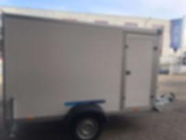 Kofferanhänger mit Seitentüre, 3x1,5x1,6