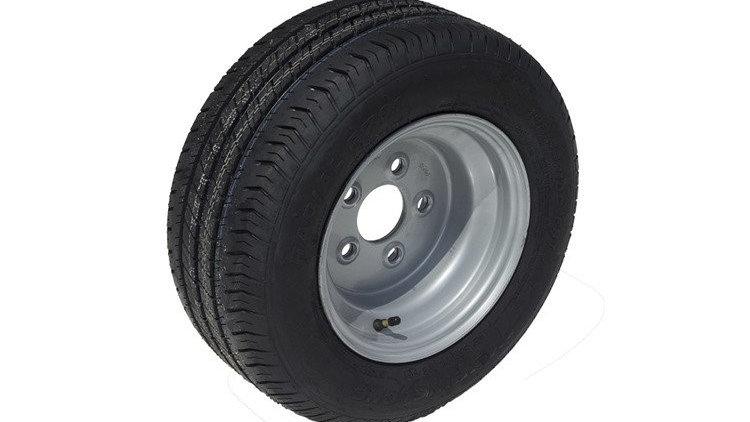 Reifen 195/55 R10 mit Felge