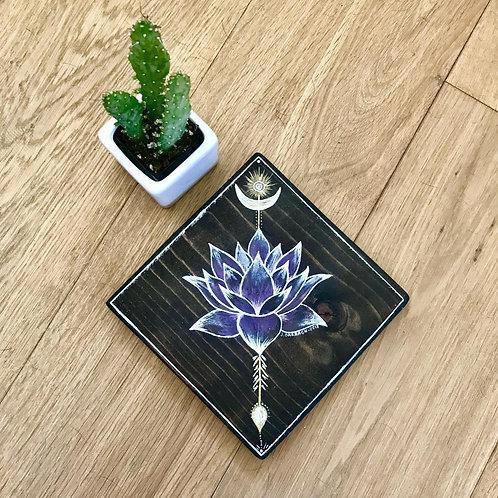 Violet Lotus Totem