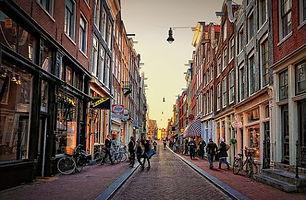 best-shopping-in-amsterdam-negen-straatj