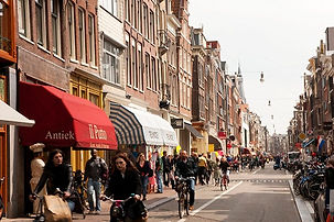 best-shopping-in-amsterdam-haarlemmerstr