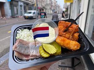 Typisch-Hollandisches-Essen-Herring.JPG.