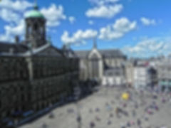 Amsterdam-Dam-Square-And-Royal-Palace.jp