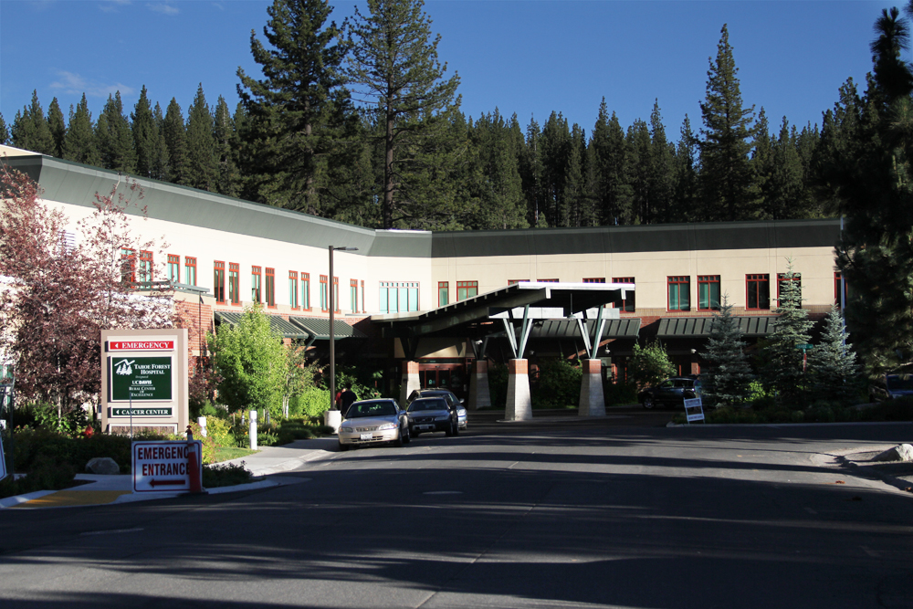 Tahoe Forest Hospital - ER Entrance