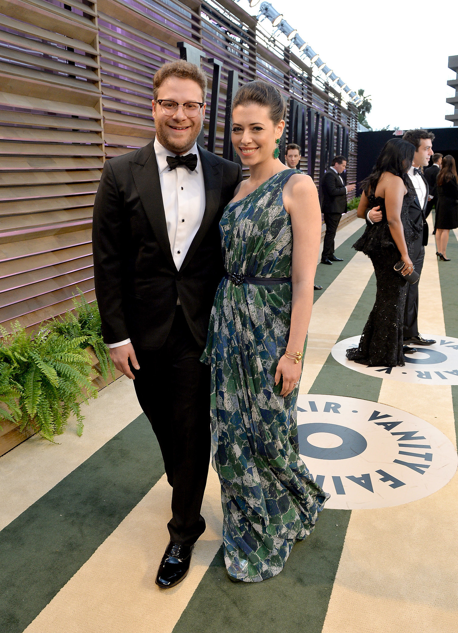 Seth-Rogen-showed-up-his-wife-Lauren-Miller.jpg