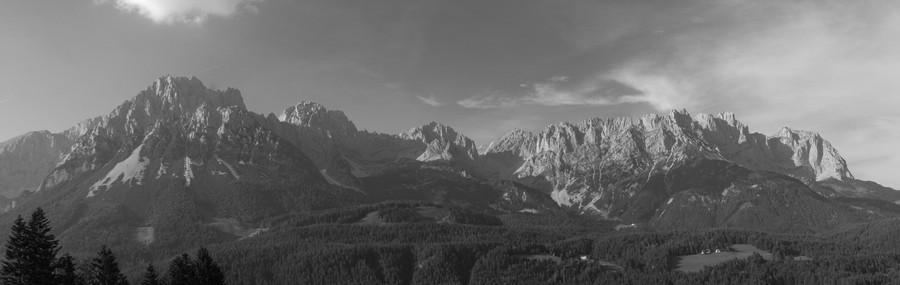 Wilder Kaiser Panorama.jpg